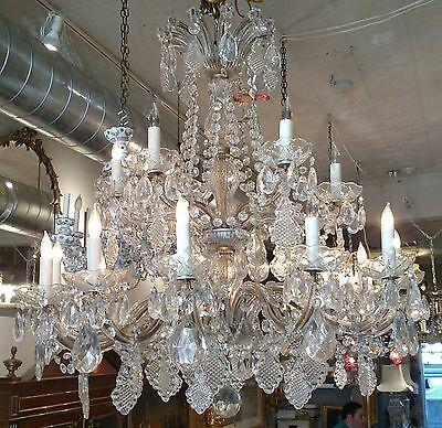 Quality Mid Century Cut Crystal 18 Light Entryway Dining Room Entry Chandelier