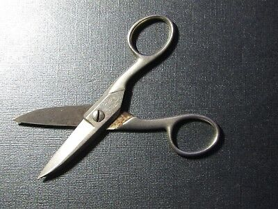 Vintage Pair of WISS Scissors 5 1/4 inch STEEL FORGED #175E MADE IN U.S.A.