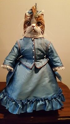 Tyber Katz(Les Chats Tyber) Hand Carved and Painted Wooden Cat Doll