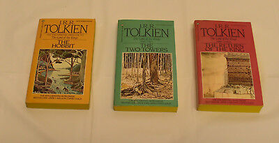 JRR Tolkien Lord of the Rings Set: The Hobbit, Two Towers, Return of the King