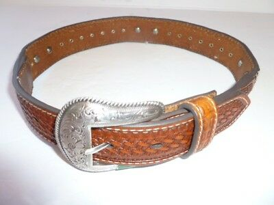 Girls Western Cowhite and leather Belt with silver tone buckle and accents, 20
