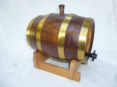 OLD OAK CASK with TAP for Port, Wine, Whisky etc - excellent cond.- 2 litre size