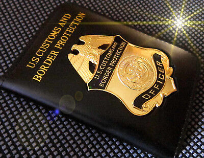 h7/ Historisches badge + Customs & Border Protection Officer with leather wallet
