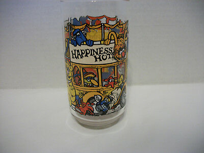 """Vintage """"the Great Muppet Caper"""" Happiness Hotel Glass/tumbler, Mcdonalds 1981"""