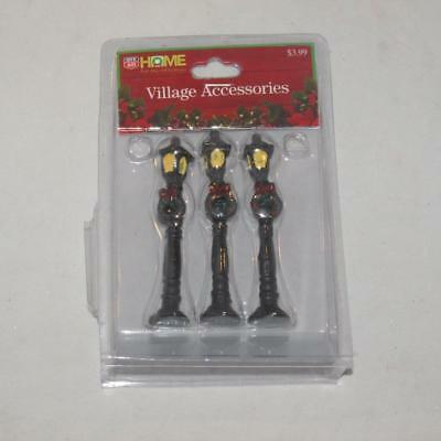 NEW Christmas Holiday Rite Aid Accessories Village Street Lights Wreath 3  Set