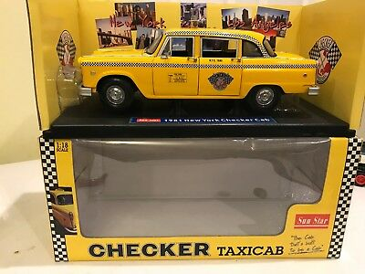 Sun Star 1981 New York Checker Cab Taxi 1/18 Scale Diecast With Box