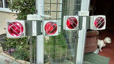 2 x Infra Red Heat Lamps