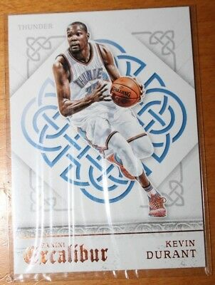 2015-16 Panini Excalibur Kevin Durant Base Card No. 28 (BV 2$)