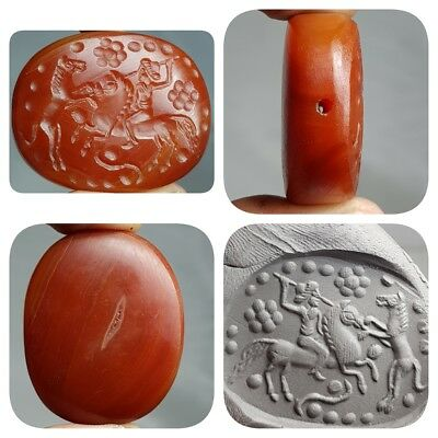 Old Stunning Fighter Horse Intaglio Seal Agate stone big BEAD  # E