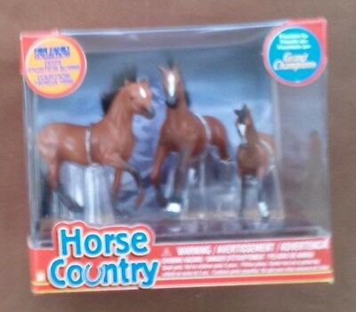 2003 Grand Champions Horse Country Mini Family Collection Empire Toys #55040 NIB