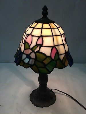 "Tiffany Style Stained Glass Small Accent Table Desk Lamp Night Light 13"" Tall"