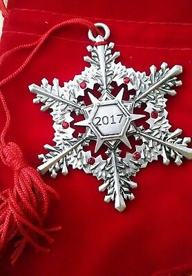 *NEW* AVON 2017 Collectible Pewter - Snowflake Christmas Ornament -great gift!
