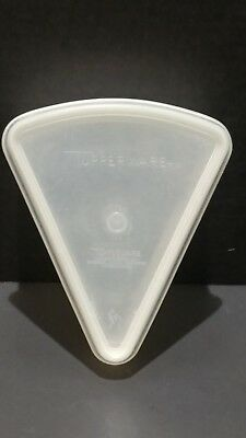 Tupperware Pie Piece Wedge Shape Container 269 Seal Lid