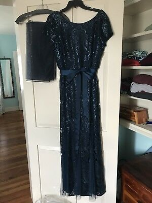 BEAUTIFUL MOTHER OF THE BRIDE LONG GOWN, Never worn, size 12, fits like a 10.