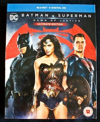 Batman v Superman: Dawn of Justice (Ultimate Edition) [Includes Digital Download