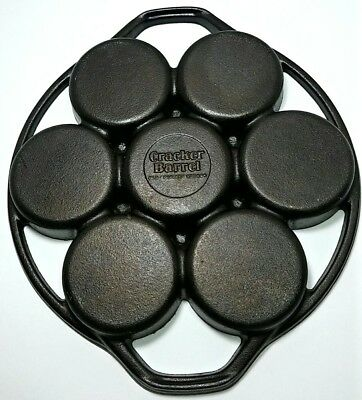 Lodge Cracker Barrel Old Country Store Cast Iron Biscuit Pan Skillet Cookware