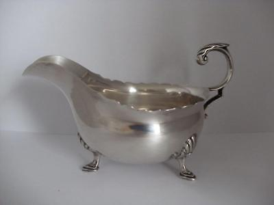 Beautiful Sterling Silver SAUCE GRAVY BOAT Sheffield 1937