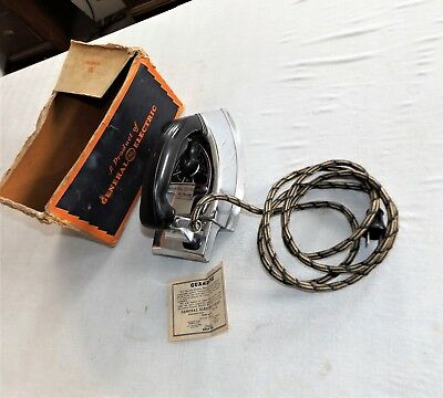 Vintage General Electric GE Hotpoint Calrod Electric Iron cat. No. 149F84 w/ Box