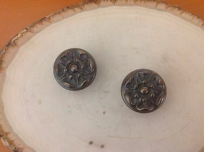210A  VTG French Provincial Knobs Brass Only 1 Left
