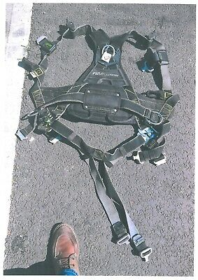 Miller Revolution - Full Body safety Harness + double lanyard