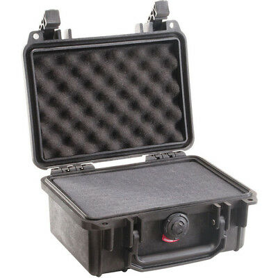 PELICAN 1150-000-110 Case w/Foam for Camera Small DSLR (Black)