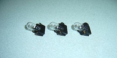 3 Slot Machine Light Bulbs - New  With Bases - #400 24/28V  - Fit Many Machines