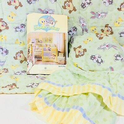 Baby Looney Tunes 3-Piece Crib Set Yellow Comforter, Dust Ruffle, Fitted Sheet