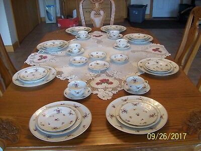 Mignonette By Haviland Porcelain China Floral Pattern 40 Pieces Made In France