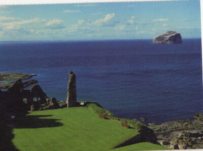OLD POSTCARD - SCOTLAND - Tantallon Castle and Bass Rock, East Lothian - CHAS