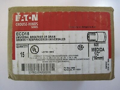 """1 New Eaton Crouse-Hinds ECD15 Universal Breather - Drain Fitting Stainless 1/2"""""""