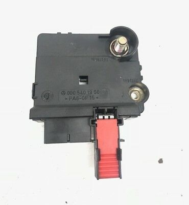 mercedes rear battery junction fuse box 00 06 s430 s500 cl500 oem00 06 mercedes w220 s430 s500 rear battery terminal junction box oem 0005401950