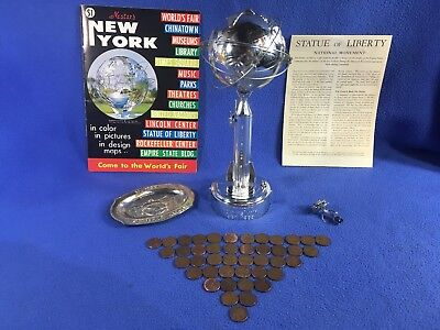 New York World's Fair 1964 1965 Unisphere Coin Bank, Key, Ashtray, & NYC Guide