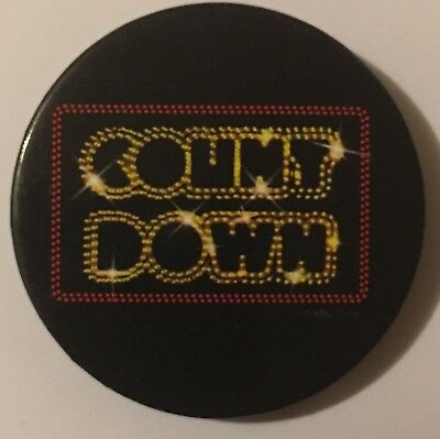 Retro COUNT DOWN TIN BADGE