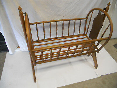 Antique Windsor Oak Baby Cradle Suspened Rocking Swing Gingerbread Victorian