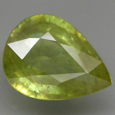 ATTRACTIVE! 3.11 ct. 100%NATURAL SPHENE ITENSE GREEN WITH RAINBOW SPARK