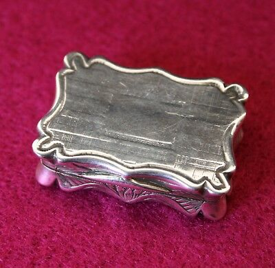 Early Victorian Solid Silver Vinaigrette By Edward Smith 1844