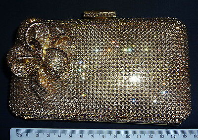 VINTAGE CRYSTAL HAND BAG CLUTCH WITH CRYSTALS AND INTRICATE DECORATIVE <t5