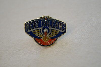 NBA - Basketball - Hard to Find - Badge - Pin - New Orleans Hornets