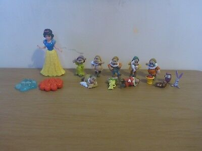 Snow White And The Seven Dwarfs - Plastic Figures