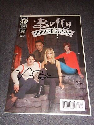 Buffy The Vampire Slayer, Dark Horse Comic #21 (Photo Cover)Comic–2000. SIGNED