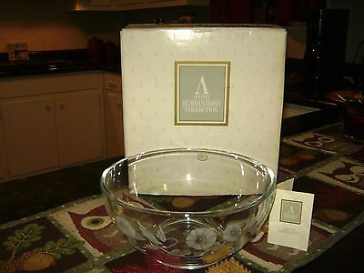 Avon Collection Hummingbird Lead Crystal  Serving Bowl