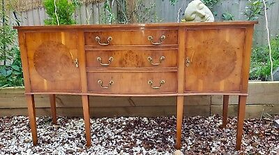 Burr walnut mid century beuatiful sideboard/cupboard