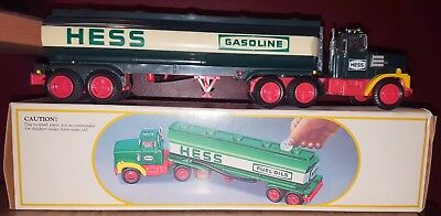 Vintage 1984 Hess Toy Fuel Oil Tanker Truck Bank with box