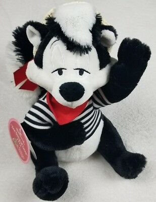 Hallmark Valentines Day Gift Pepe Le Pew Plush 2011 Looney Tunes *NWT* Music