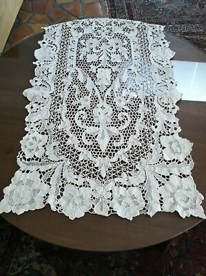 Gorgeous Antique Victorian Handmade Long Needle Lace Runner