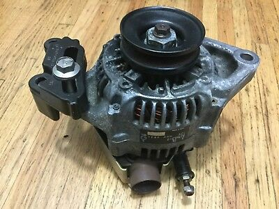 2000 MERCURY 225HP ALTERNATOR 821663A 1 6-cylinder