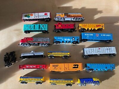 Lot of Ho Scale Model Train Cars-Locomotives (AS IS)