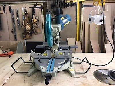 Makita Compound Sliding Mitre Saw With Laser