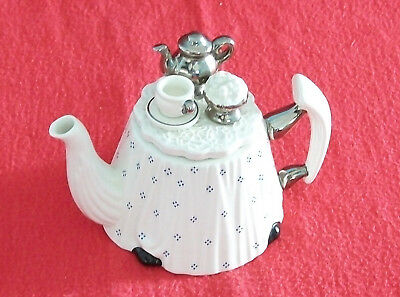 **classy Superb Silver Victorian Cardew Table Teapot** **brill Condition**