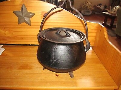Antique Sprue Marked Hanging Campfire Cast Iron Footed Kettle / Cauldron w/ Lid